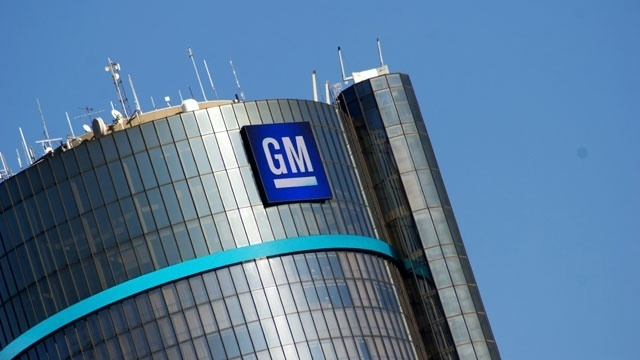 Canadian Auto Union Blasts GM for Moving Work to Mexico