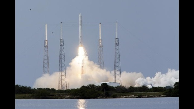 OTD June 4 - SpaceX Falcon 9 Flight 1_2039290877824931