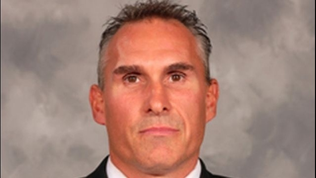 Peter Laviolette fired by Flyers, replaced by Craig Berube