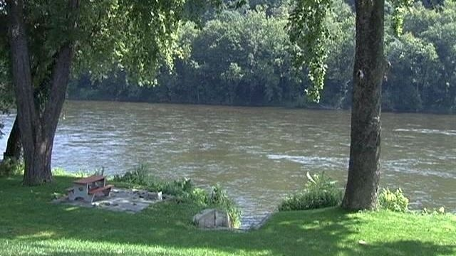 Delaware River search continues for missing swimmer