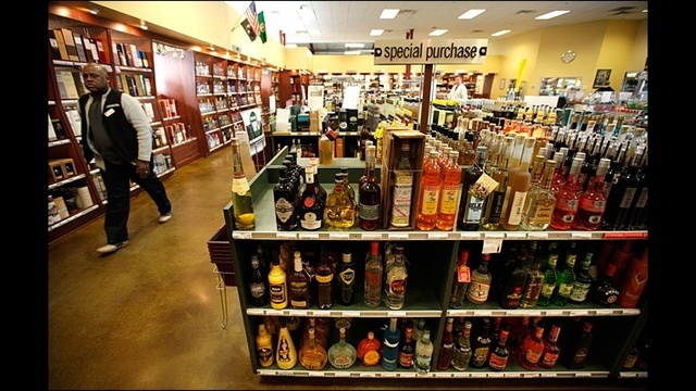 Top advocate gives up on liquor bill, for now