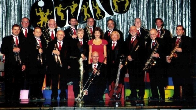 Arts Around Town: Family Christmas concert features MunOpCo choir, Royalaires big band