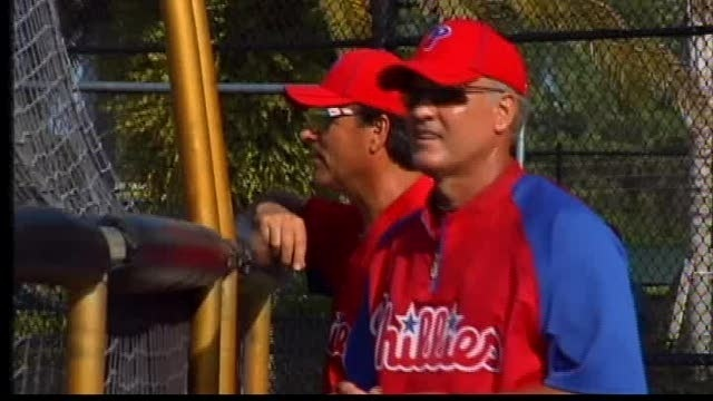 Phillies add Ryne Sandberg to Major League staff