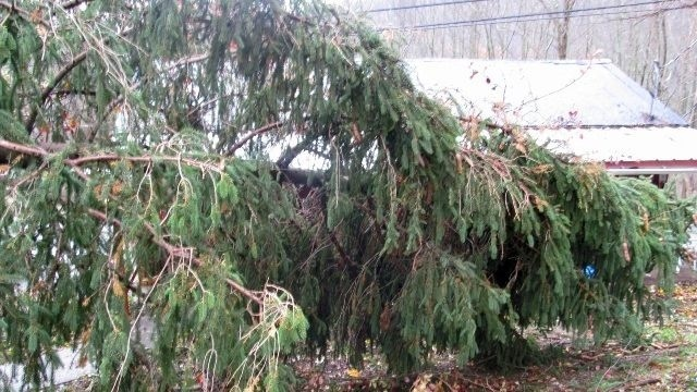 Hurricane Sandy claims first 2 victims in Lehigh County