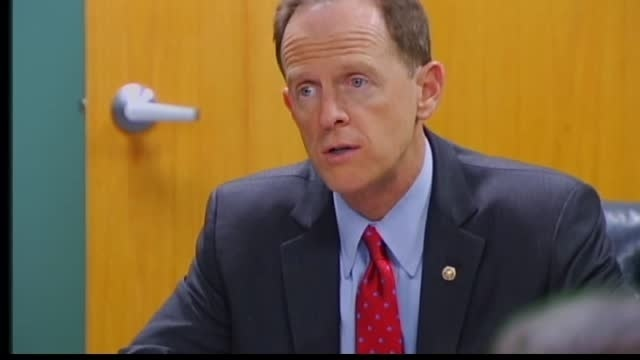 Don't cheat, Toomey warns Iran