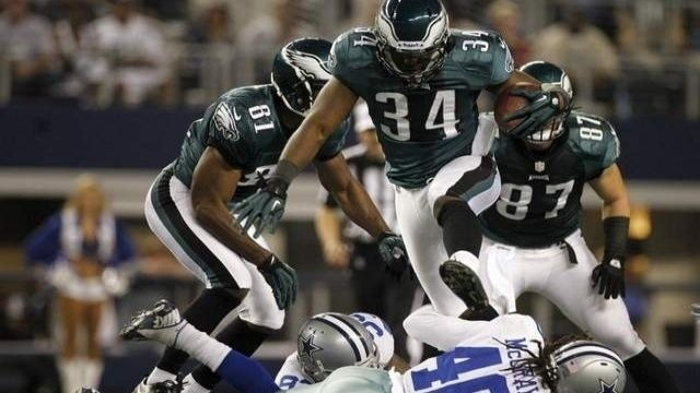 Eagles lose 8th in row, 38-33 at Cowboys