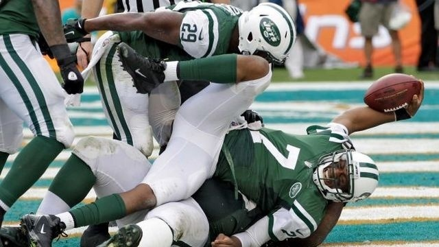 Jets dash Dolphins' playoff hopes with 20-7 thumping