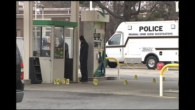Gas station attendant shot in leg