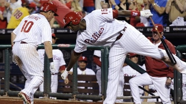 Phillies power up to beat Mets 8-3