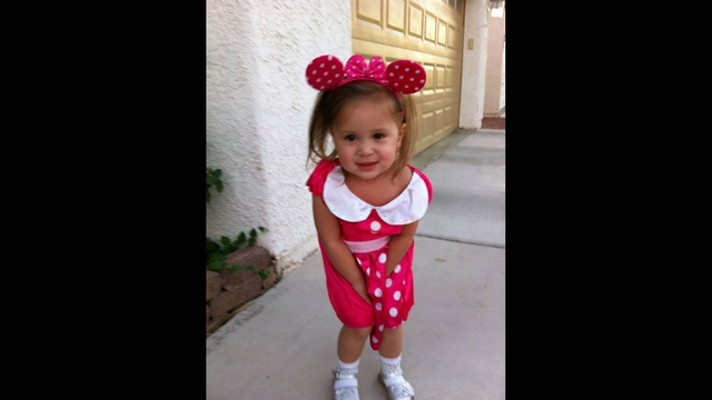 10-31-13-pink-minnie-mouse.jpg_22733518