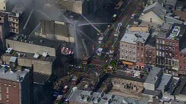 2-alarm fire damages clothing store in Philadelphia