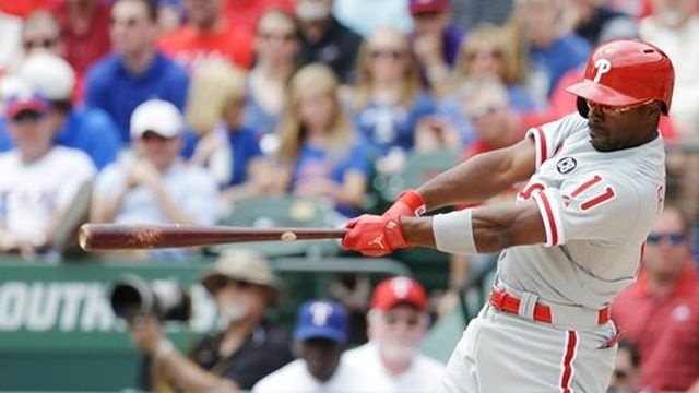 Phillies bust out the bats in season opener