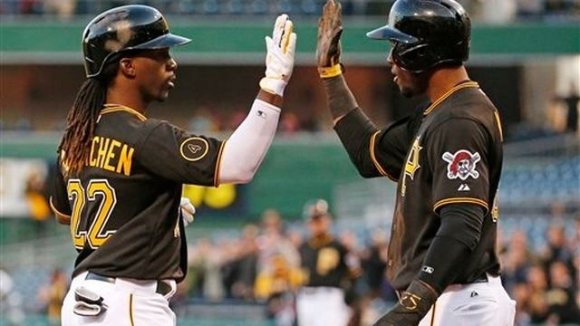 McCutchen, Alvarez lead Pirates over Brewers
