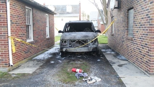 Police investigating 2 car fires in Northampton