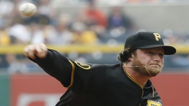 Cole, Pirates beat Giants 4-3 to take 2 of 3