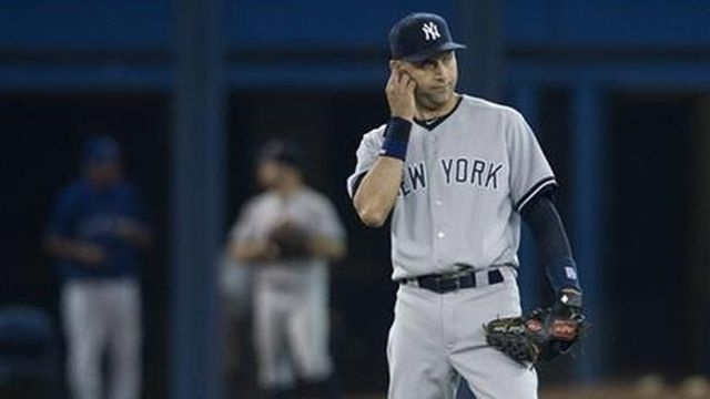 Defense costs Yankees in 7-6 loss to Blue Jays
