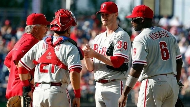 Fister, Nationals top Phillies 4-2 to finish sweep
