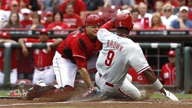 Bailey leads Reds to 4-1 win over Phillies