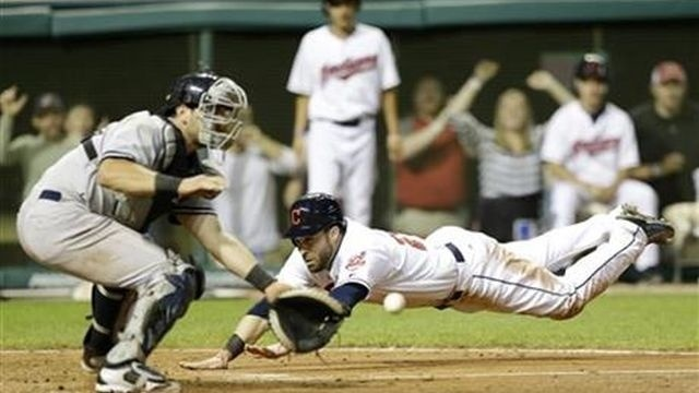 Perez homers in debut, Indians beat Yankees 9-3