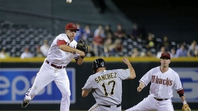 Marte, Hill lift Diamondbacks past Pirates, 7-4