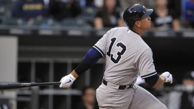 A-Rod singles, Yankees lose 8-1 to White Sox