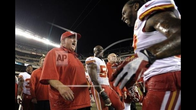 Reid's return a success as Chiefs top Eagles 26-16