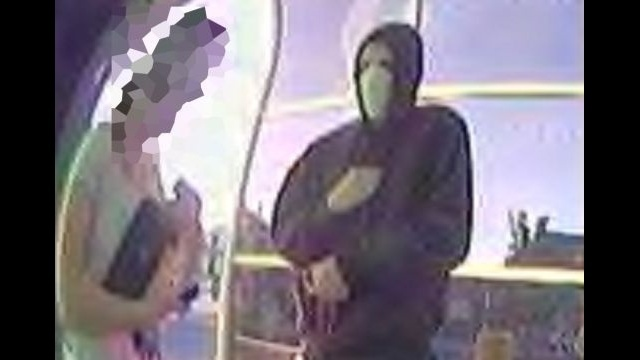 Man robs woman at knifepoint at Lansdale ATM