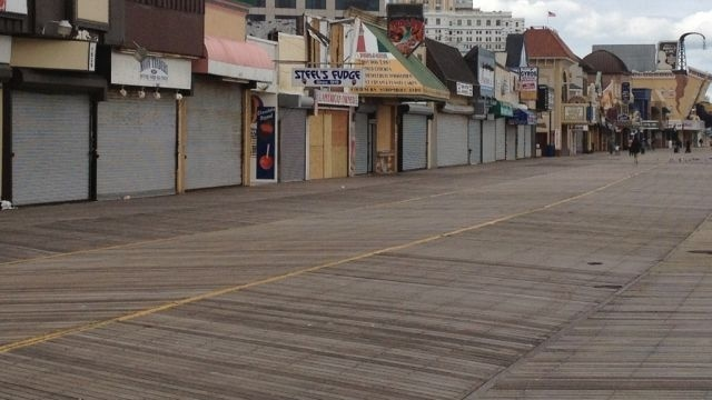 Fire damages section of Atlantic City boardwalk