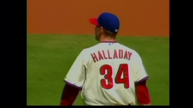 Halladay wins in return from disabled list