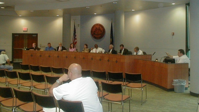 Lehigh Commissioners approve Cedarbrook food and commercial workers' contract