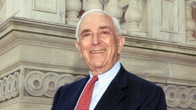 NJ Sen. Frank Lautenberg says he will retire