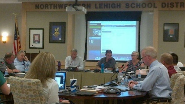Northwestern Lehigh School District passes 2014-15 budget with no tax increase