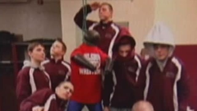 New Jersey association looking into Phillipsburg High School wrestling team photo controversy