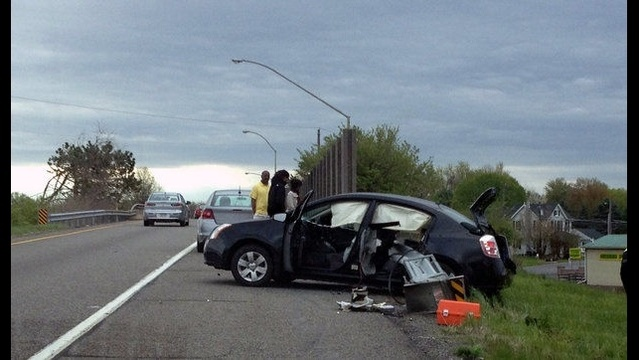 Close call for driver on Route 33 after guardrail passes though entire backseat of car