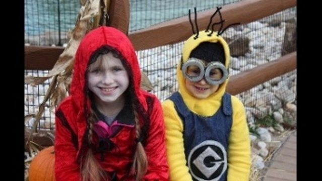 Evil Red Riding Hood & Minion_22734186