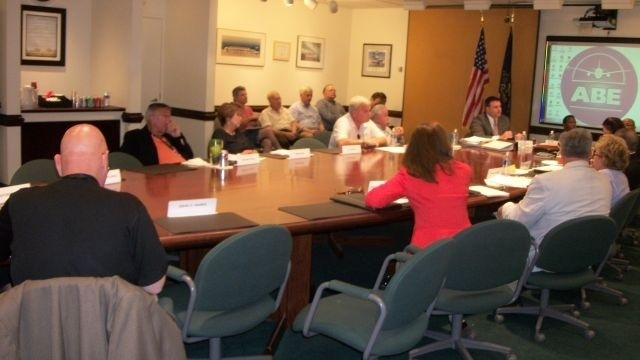 Tempers flare over Lehigh-Northampton Airport Authority legal contract