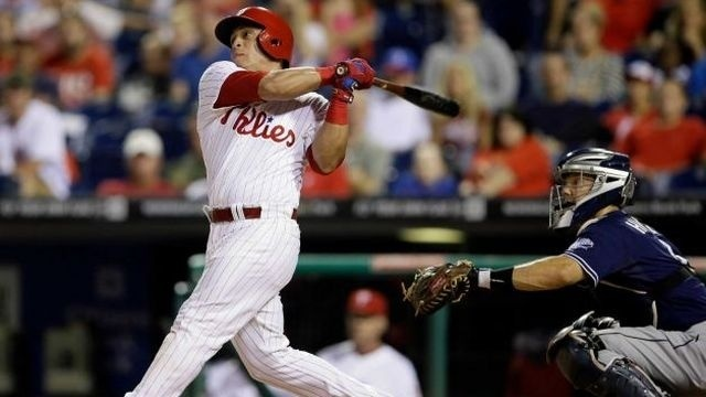 Ruiz leads Phils to 10-5 win over Padres