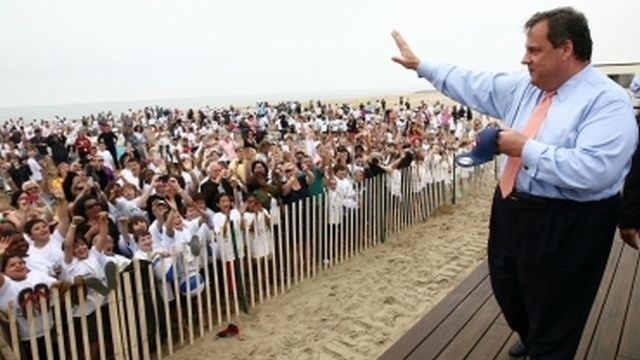 Poll: New Jersey Gov. Chris Christie's ratings remain high