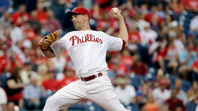 Lee gives up back-to-back HRs in Phillies loss to Nats