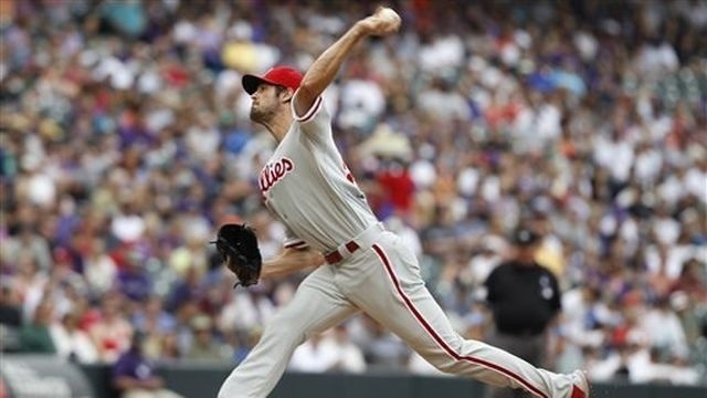 Hamels outdueled in Phillies' 5-2 loss to Rockies