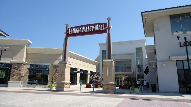 Vera Bradley store set to open at Lehigh Valley Mall