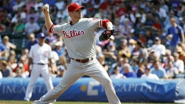 Punchless Phillies lose to Cubs 7-1