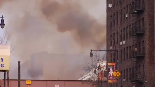 (img14)Uncut video_ Deadly gas explosion, collapse in Harlem_24939046