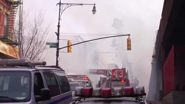 (img15)Uncut video_ Deadly gas explosion, collapse in Harlem_24939044
