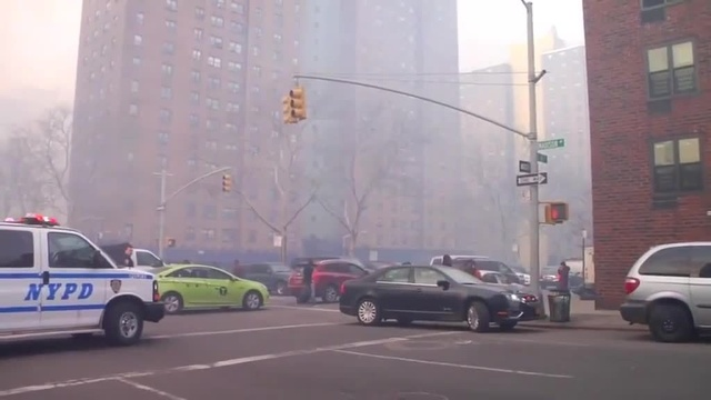 (img18)Uncut video_ Deadly gas explosion, collapse in Harlem_24939048