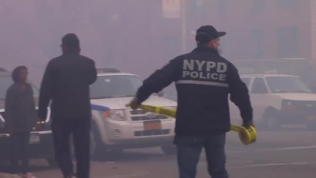 (img21)Uncut video_ Deadly gas explosion, collapse in Harlem_24939056
