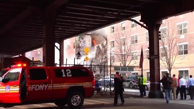 (img5)Uncut video_ Deadly gas explosion, collapse in Harlem_24939020