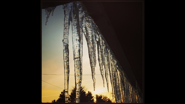 Icicles_24469326