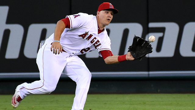 Mike Trout (thumb) inactive Monday for Angels, MRI pending