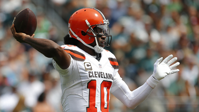 RG3 back in starting lineup for winless Browns